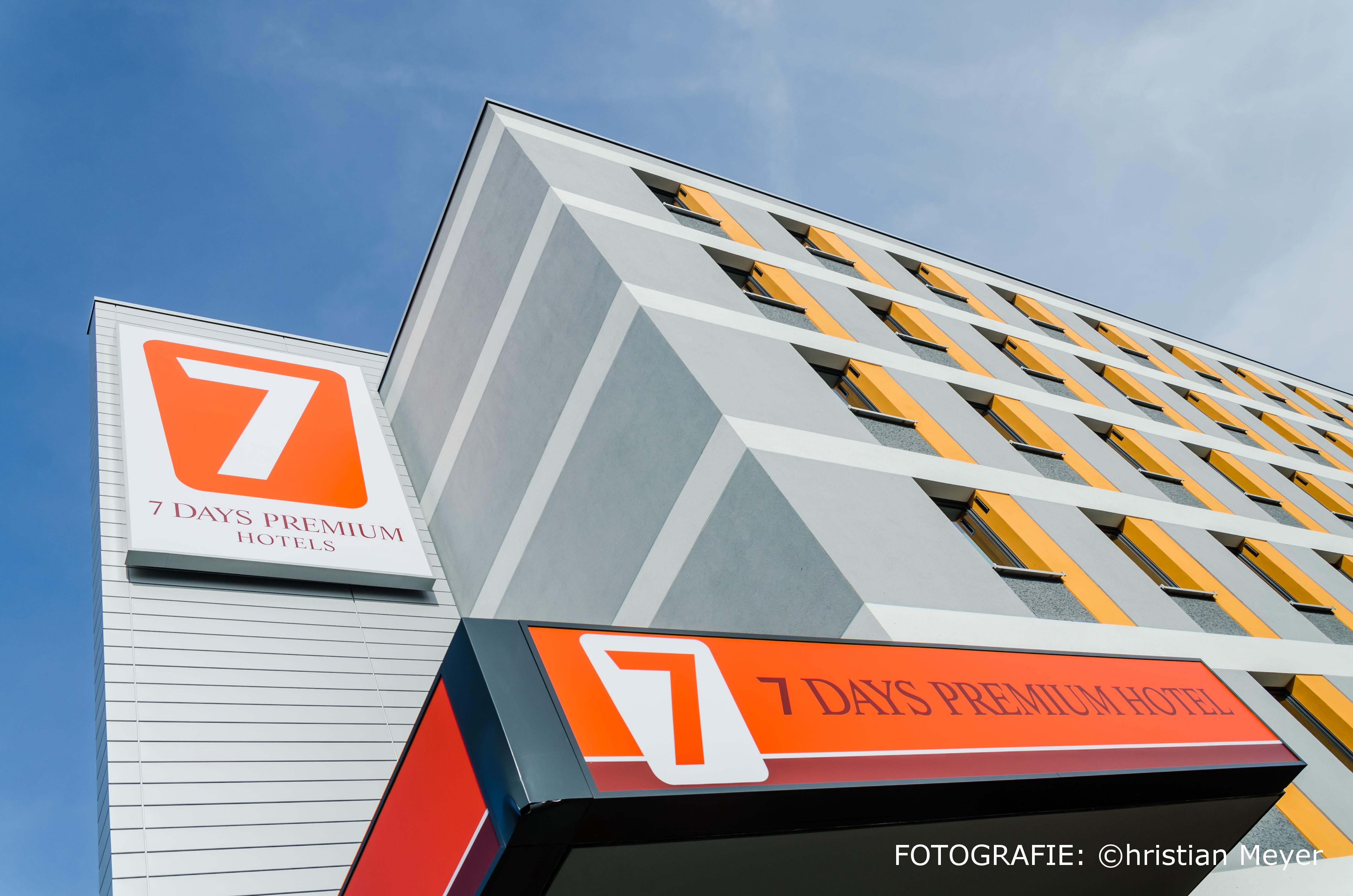 7 Days Premium Hotel LEIPZIG – Airport, Nordsachsen