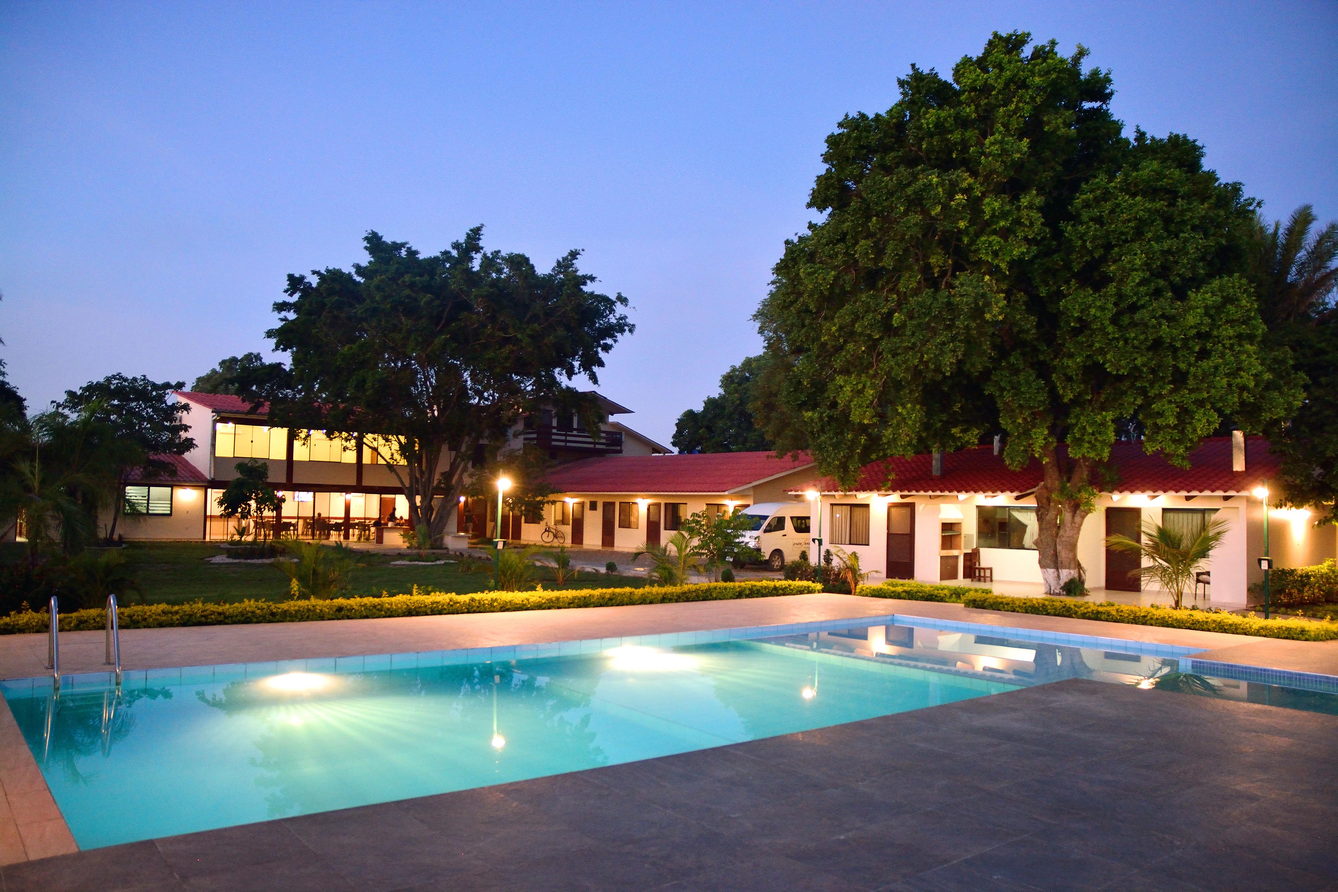 Los Jazmines Hotel Resort, Ignacio Warnes