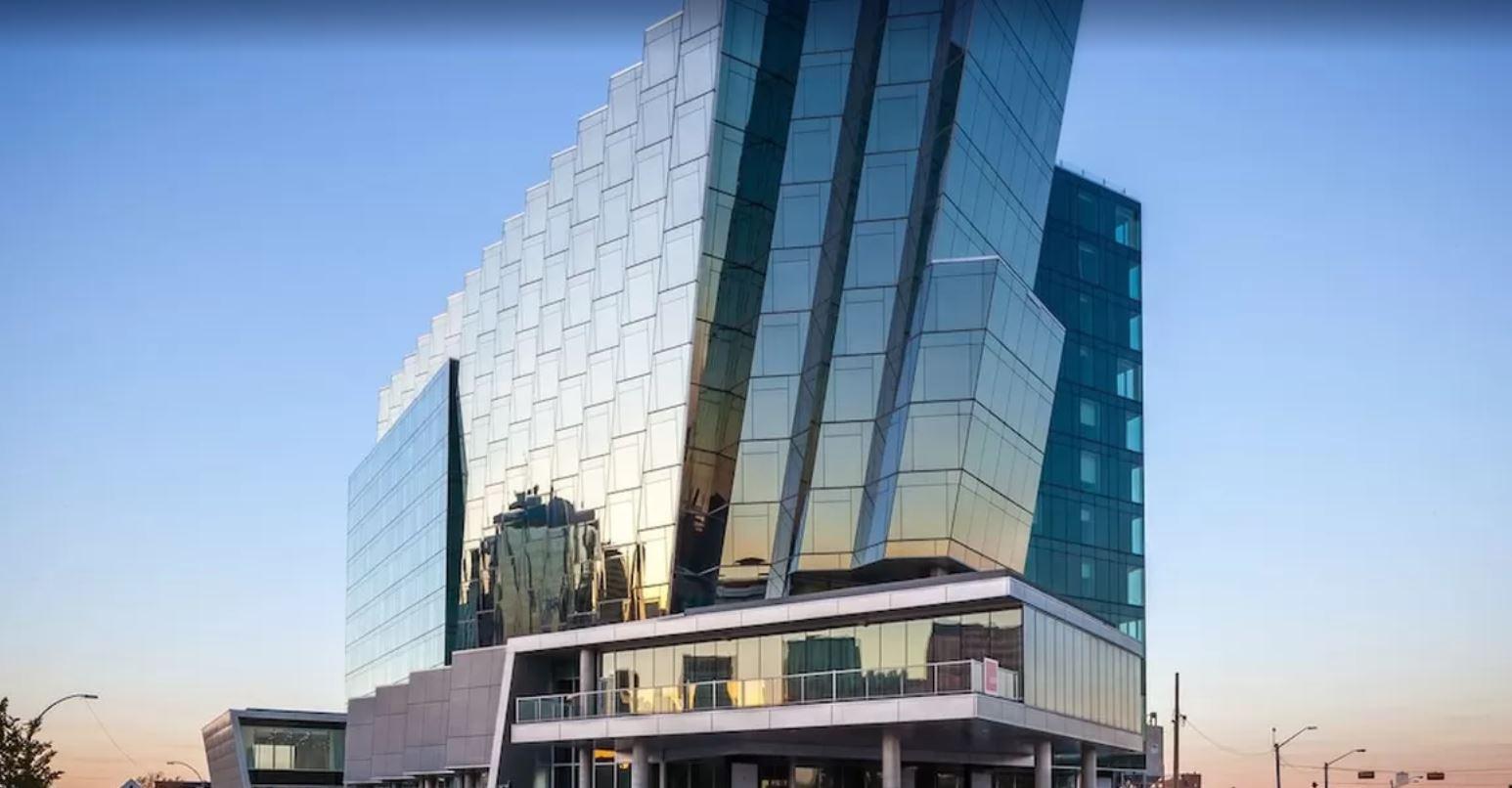 DoubleTree by Hilton Edmonton Downtown, Division No. 11