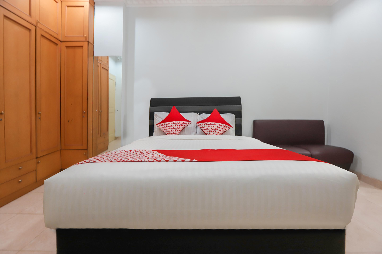 OYO 297 45 Residence Near RS Husada, Jakarta Pusat