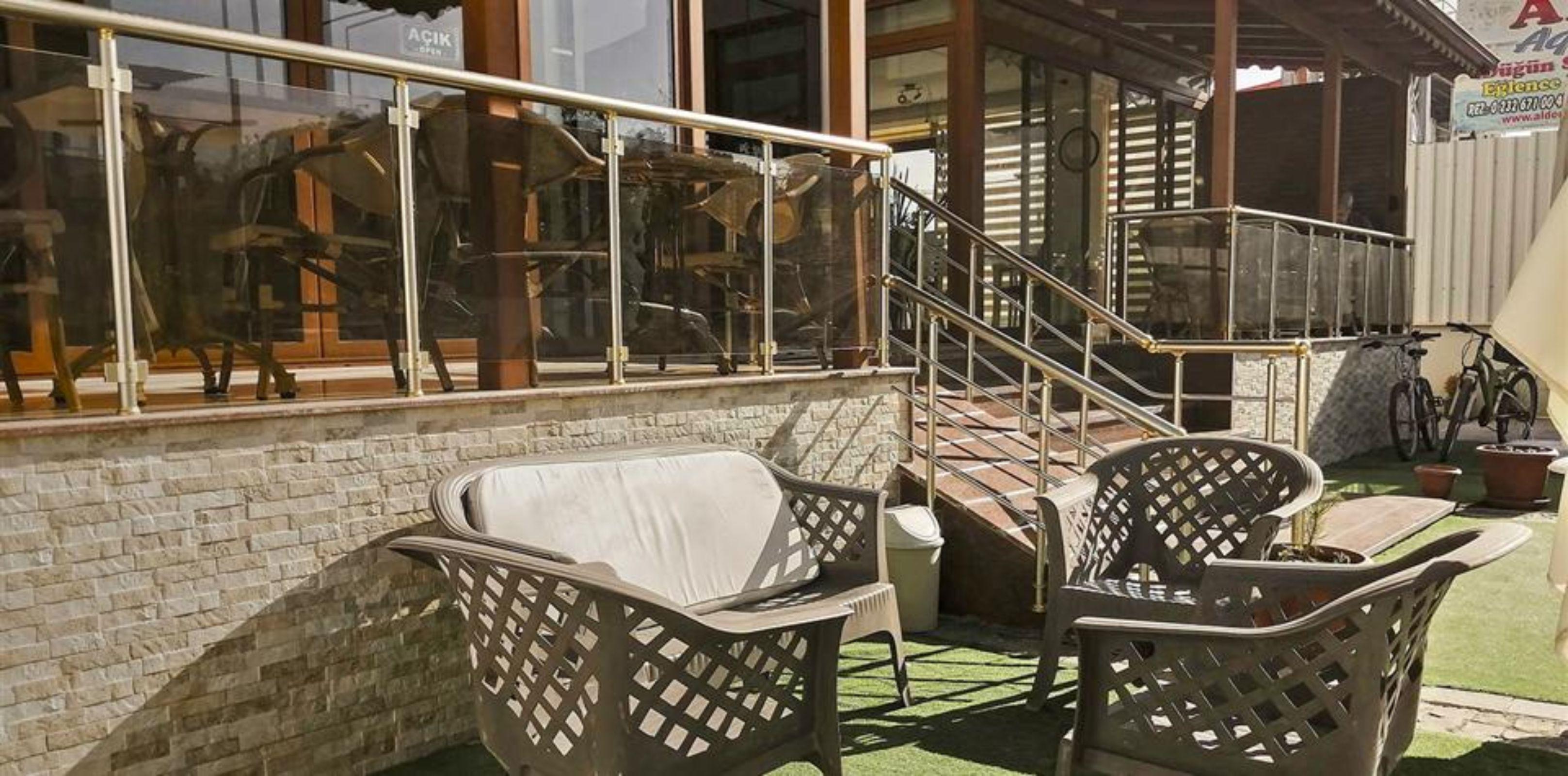 Malena Hotel, Dikili