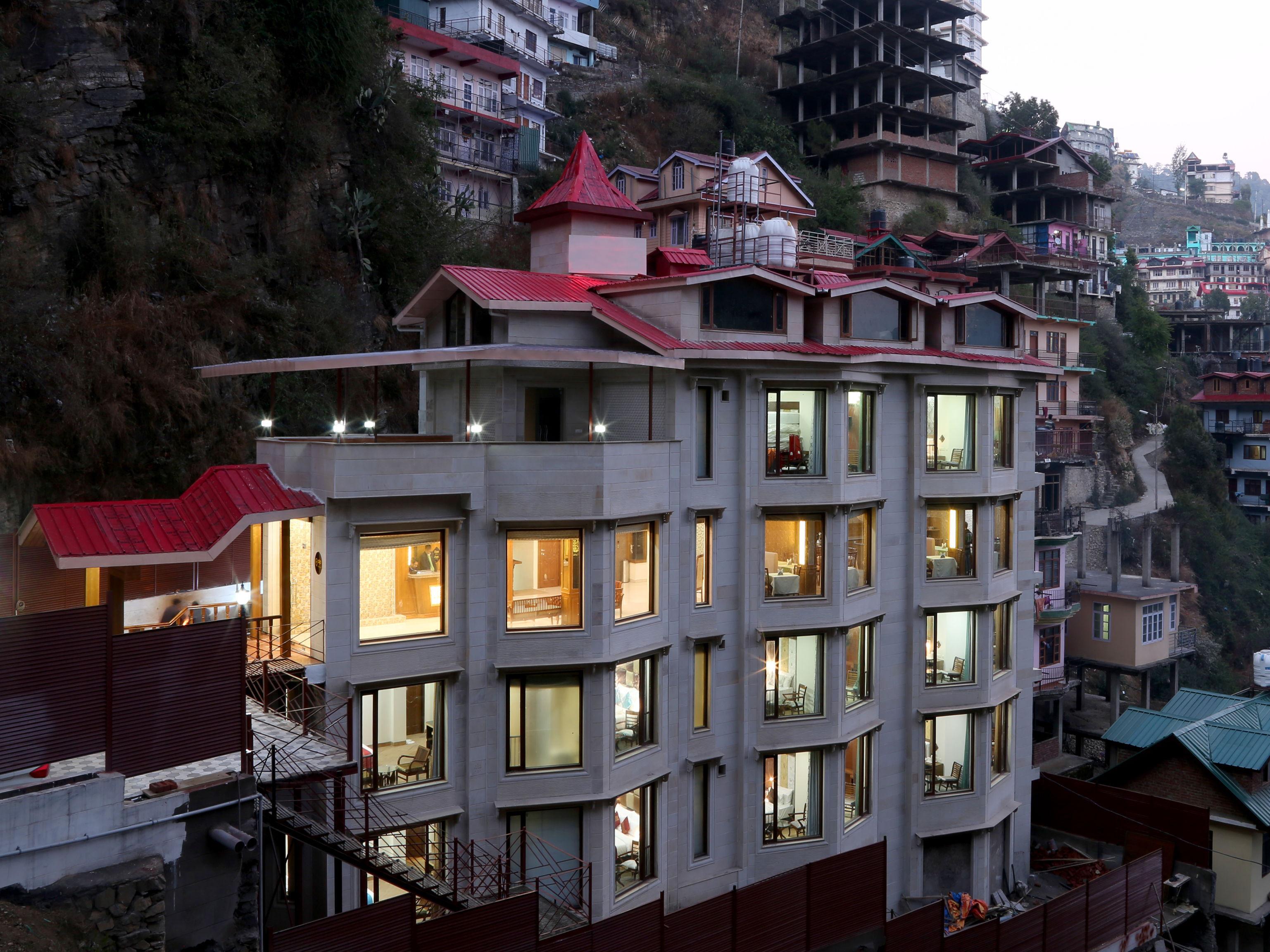 OYO 3366 Hotel The Rock Castle, Shimla