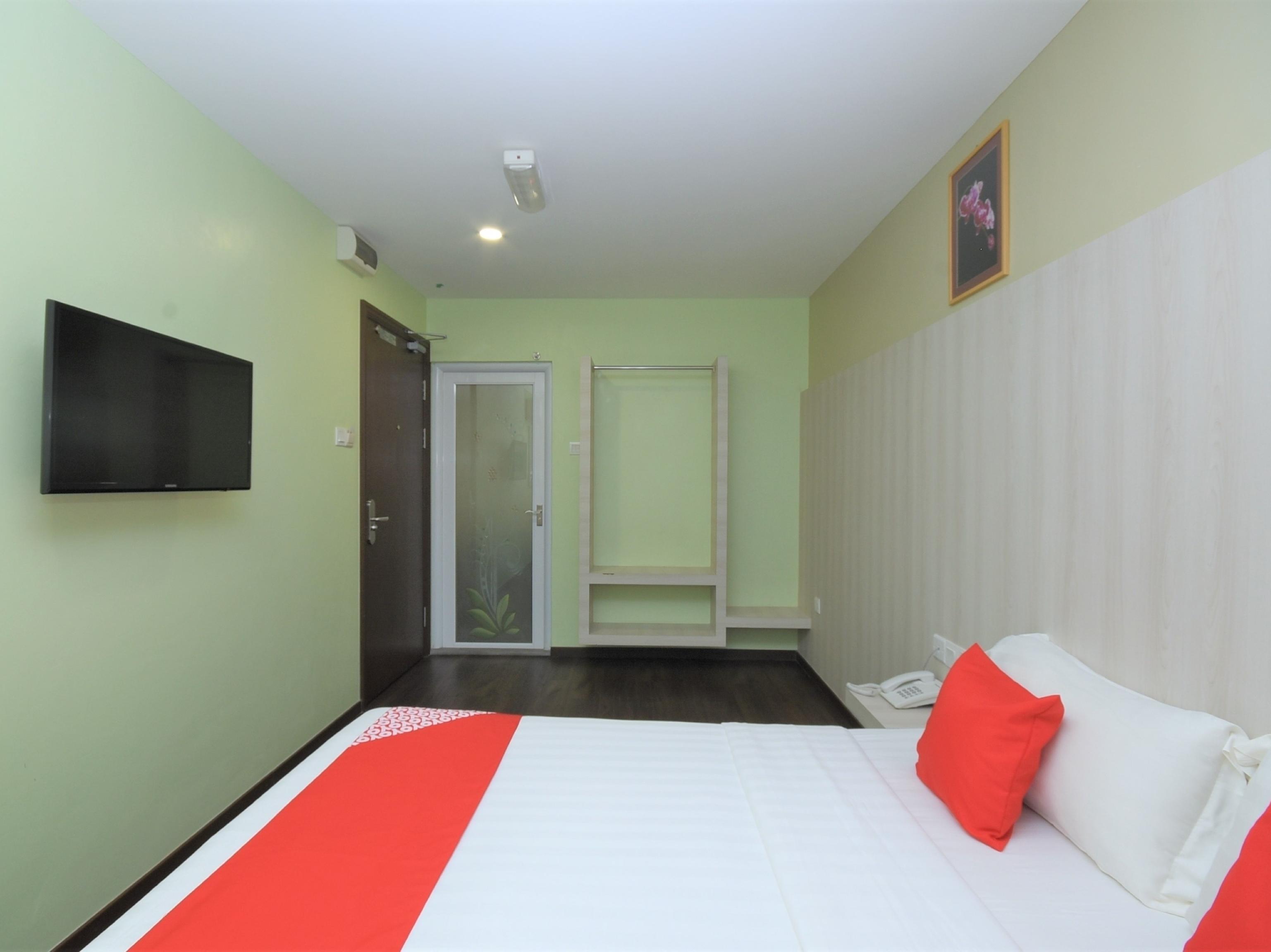 OYO 43990 Sunshine Inn, Bintulu