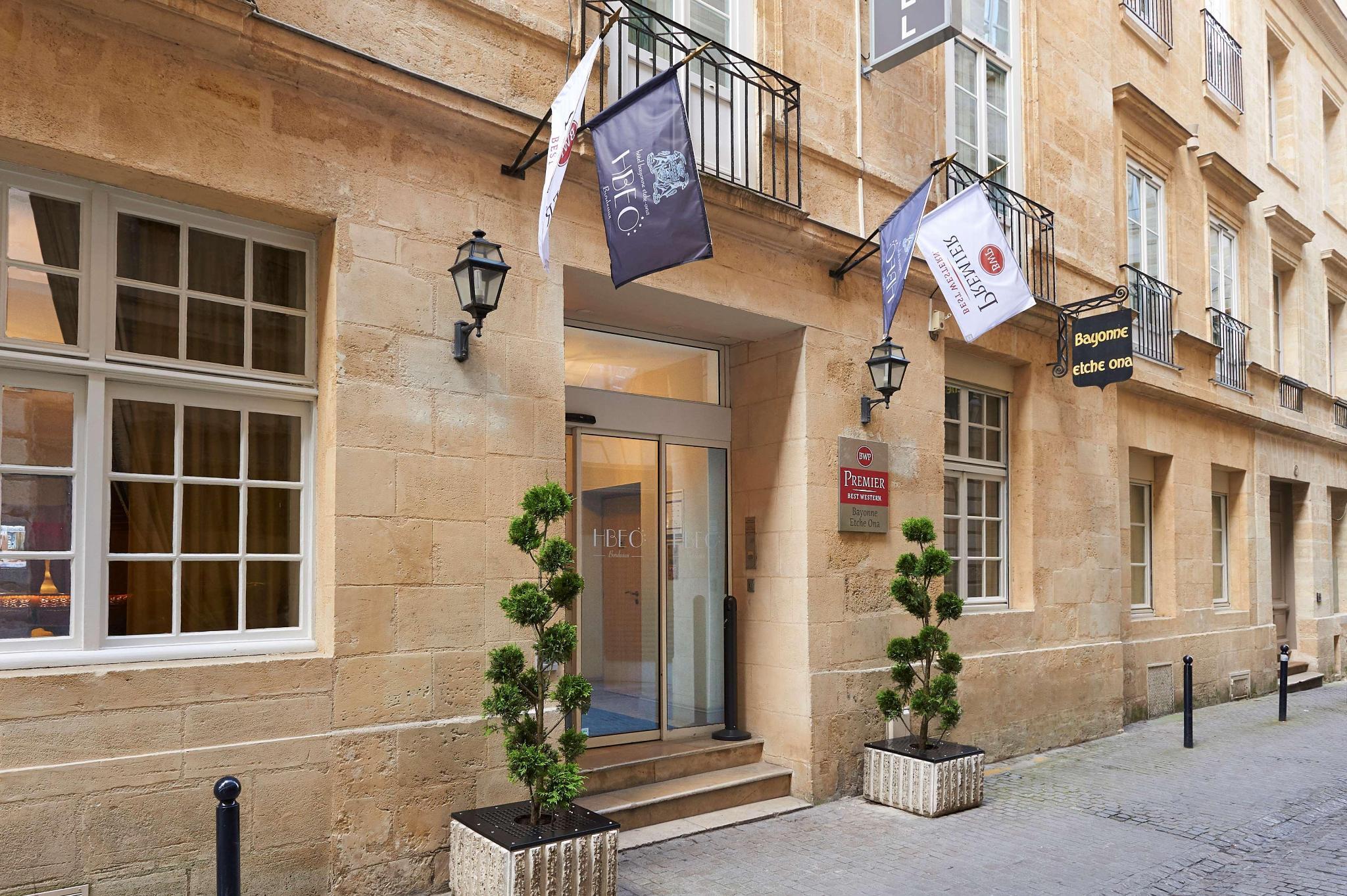 Best Western Hotel Room: Rooms In Best Western Premier Bordeaux Bayonne Etche Ona